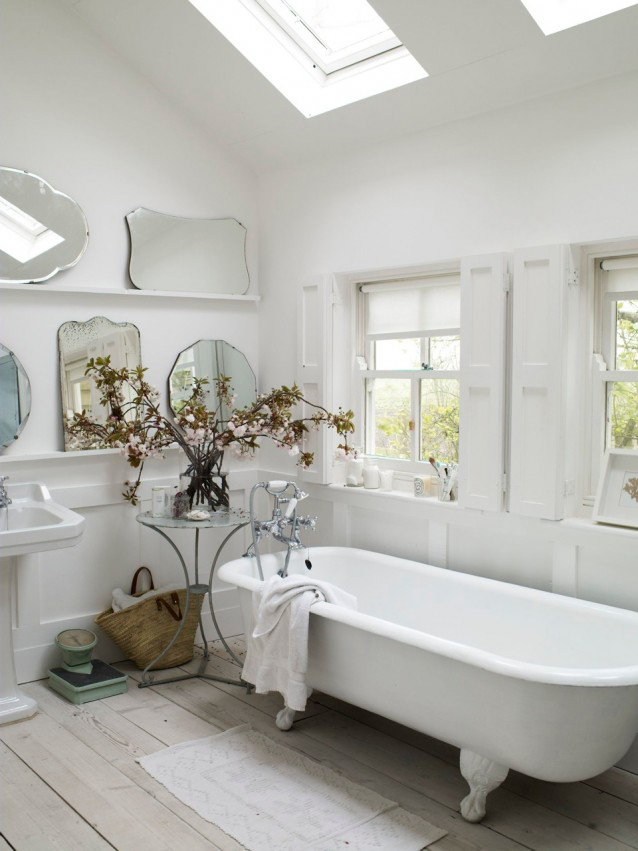 Collection de miroirs anciens et vintage pour décorer une salle de bains