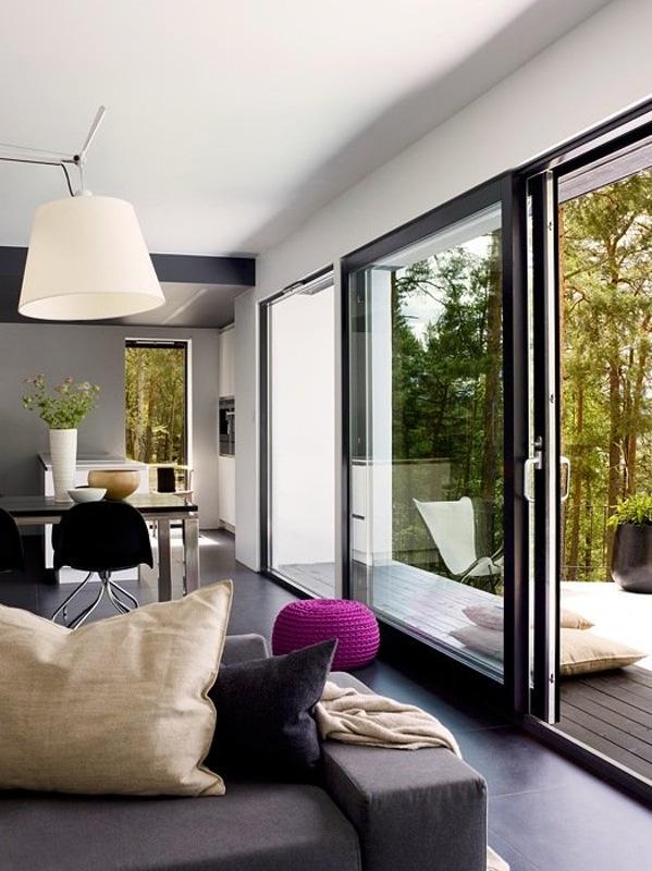 Une villa au milieu des pins #baies #vitrées