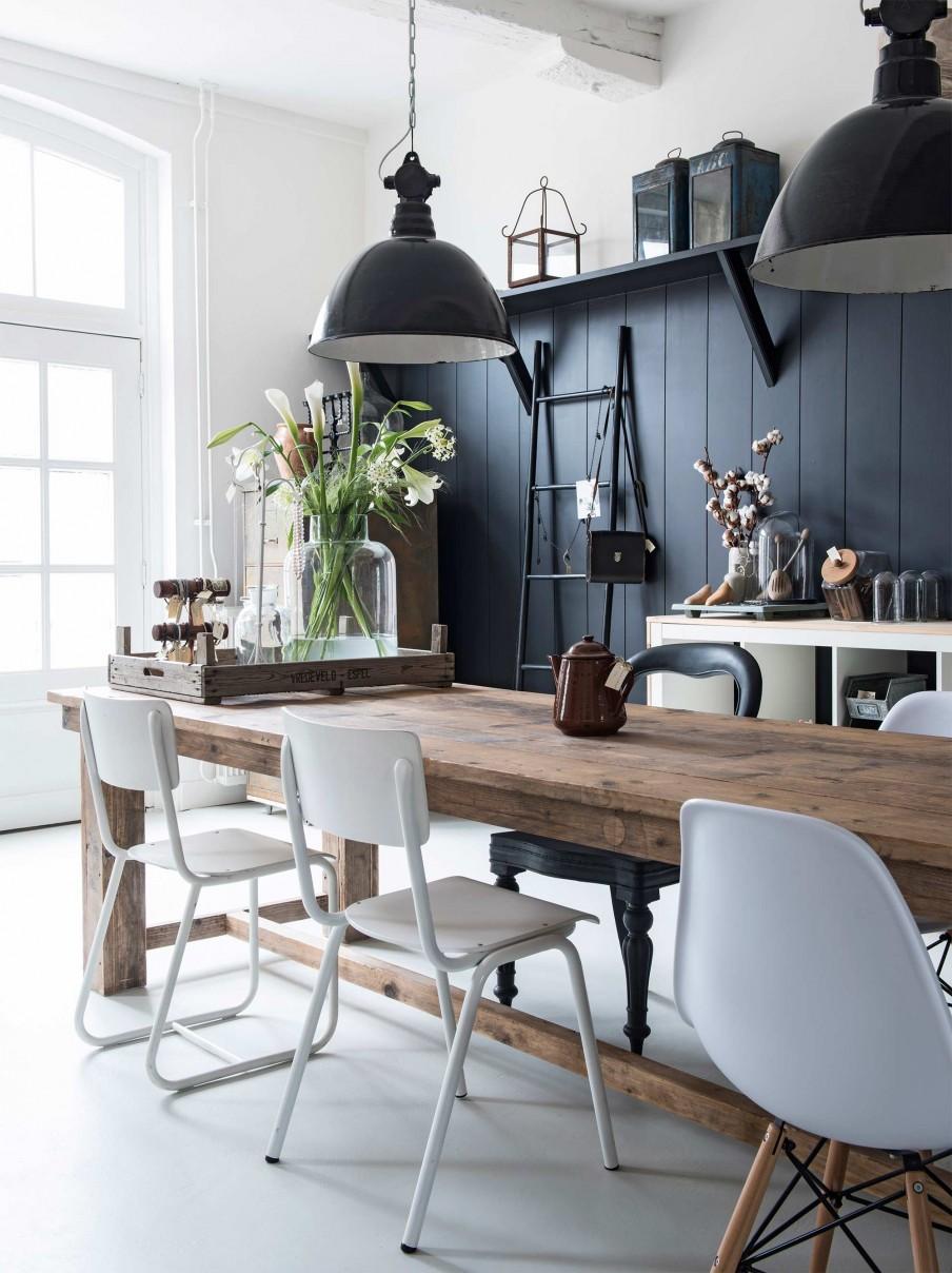 Bleu indigo en décoration d'intérieur ||Une ferme à Eibergen