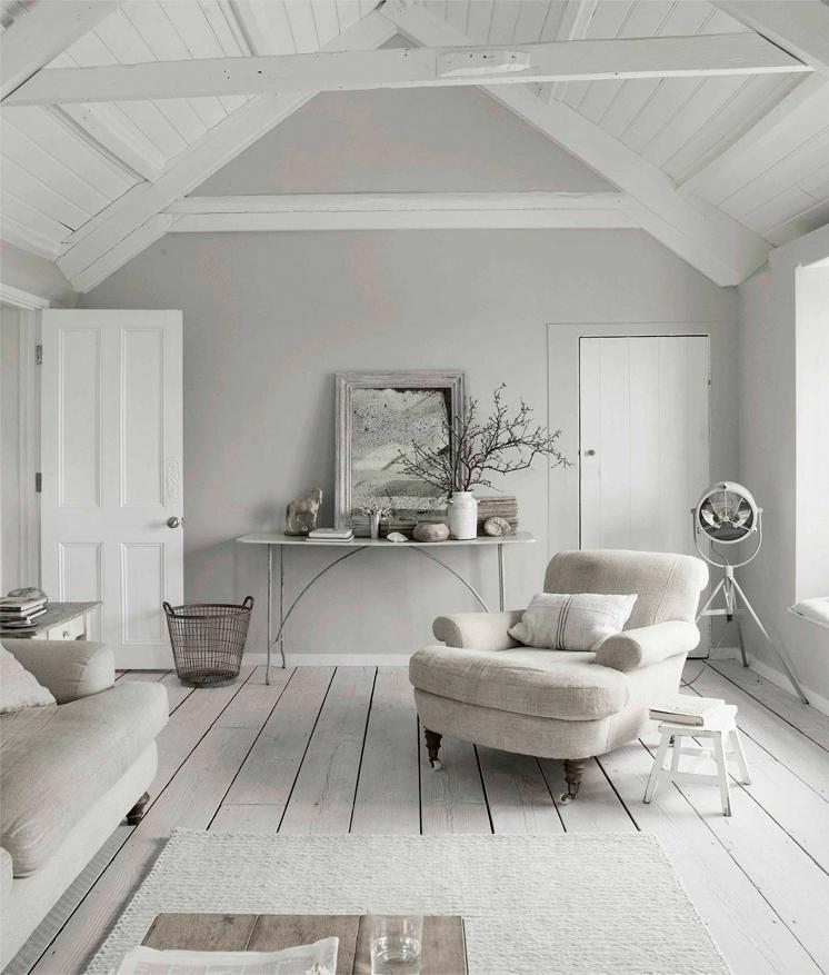 Blanc céruse et bord de mer || Maison au bord de mer en Cornouailles - Photo : Paul Massey