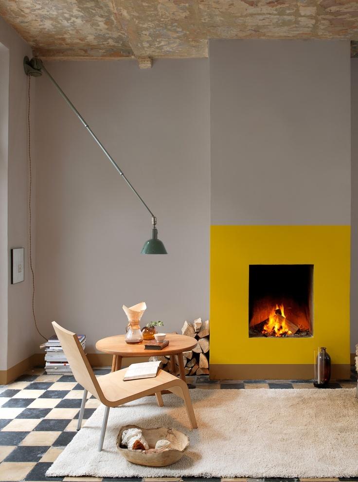 Jaune moutarde n'est pas jaune curry || Levis - Une cheminée dessinée en jaune curry