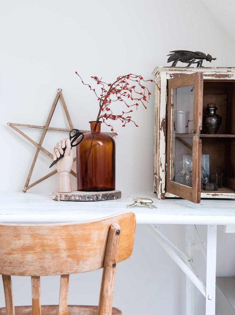 Meuble en bois brut, ambiance nature || Meubles en bois brut et objets chinés, patinés