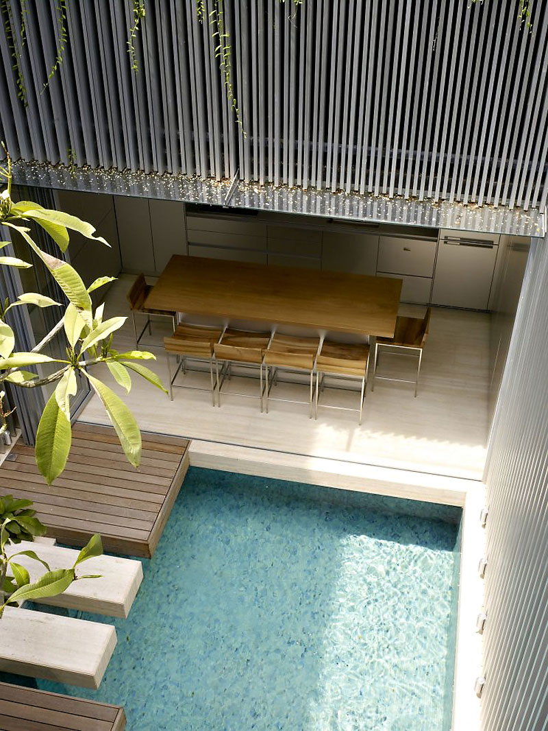 Autour d'une piscine design - Blair Road house by ONGONG