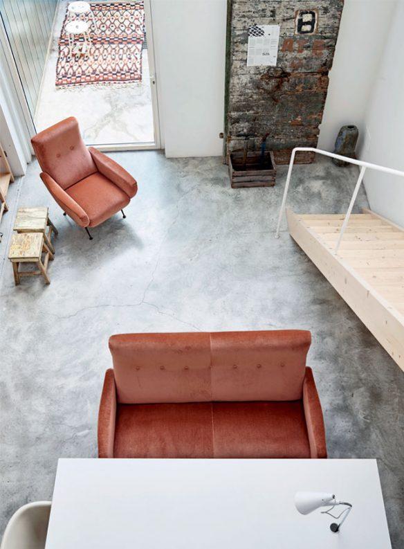 Camper une décoration éclectique || Un loft minimliste à Vérone