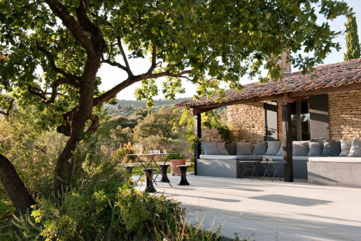 Extrêmement Une maison à la déco provençale qui ose le rose ML02