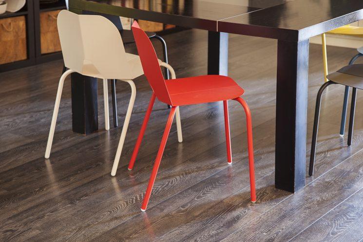 Bibelo Mobilier Design présente la chaise Frog, dessinée par Paul Morin