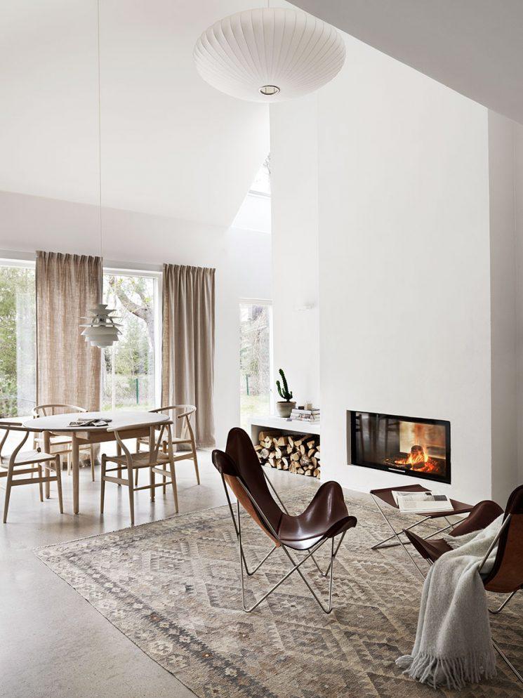 Déco basique, camaïeu de tons clairs || Une maison proche de la nature près de Malmö