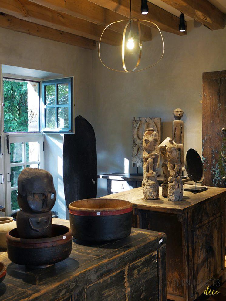 Atmosphère d'Ailleurs, antiquités du monde et objets insolite - Domaine de Quincampoix