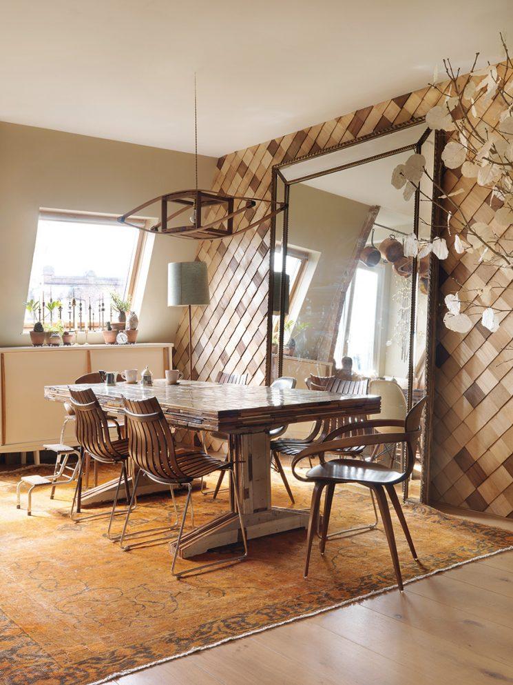 Habiller ses murs de bois mur en bois façon écailles de tortue ou