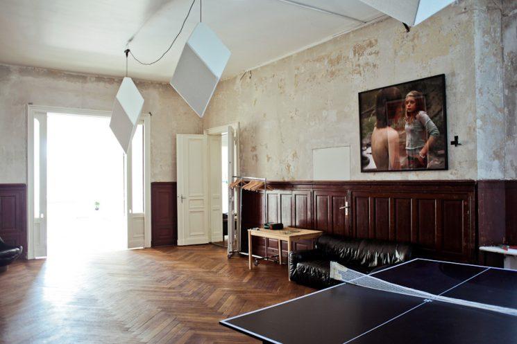 n appartement classique à la déco dépouillée à Berlin