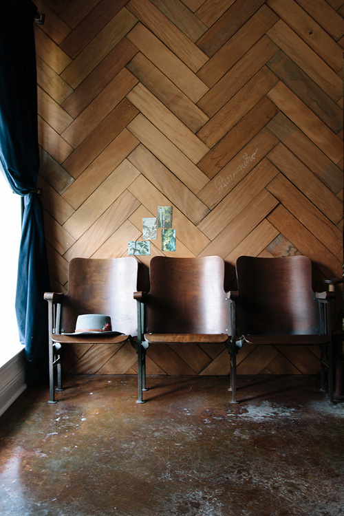 Habiller ses murs de bois | Mur en bois façon parquet