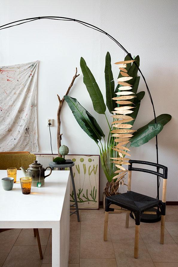 trois int rieurs qui aiment les plantes. Black Bedroom Furniture Sets. Home Design Ideas