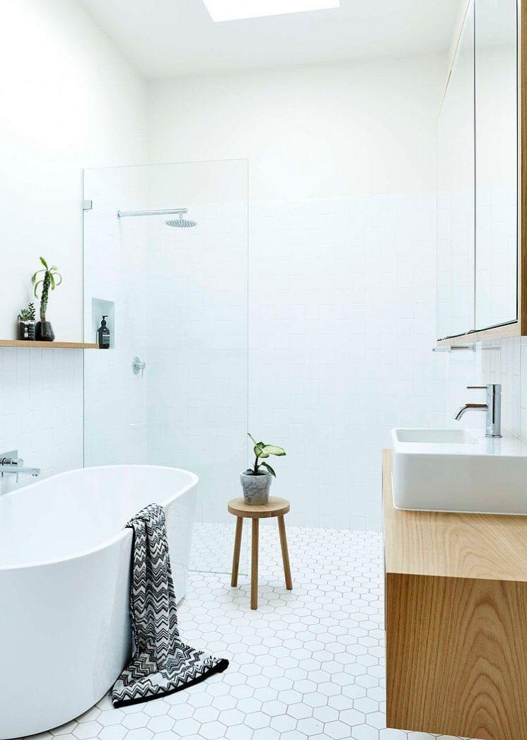 Pour Une Salle De Bain Scandinave Monochrome | Downienorth Architecte