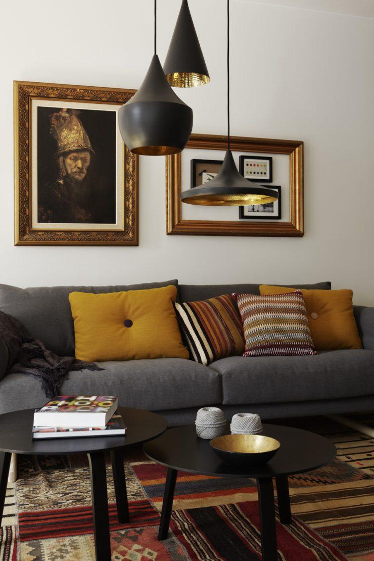 Comment assortir son décor à un canapé moutarde ? | Intérieur scandinave Dan Gordan