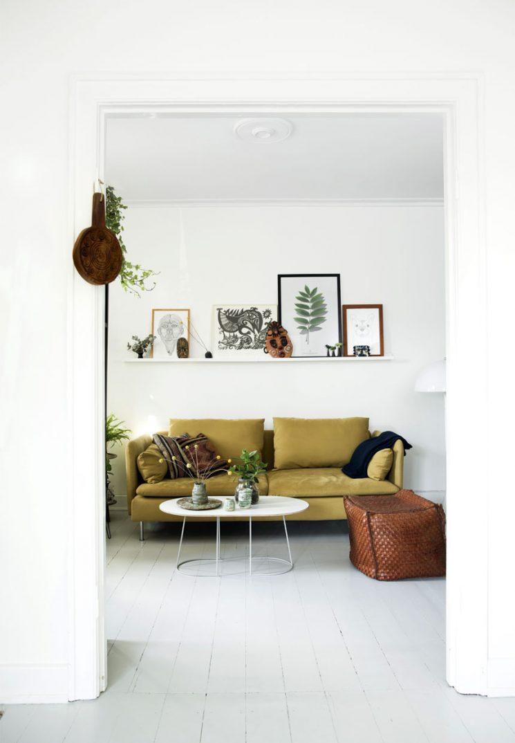 Comment assortir son décor à un canapé moutarde ? | Intérieur scandinave