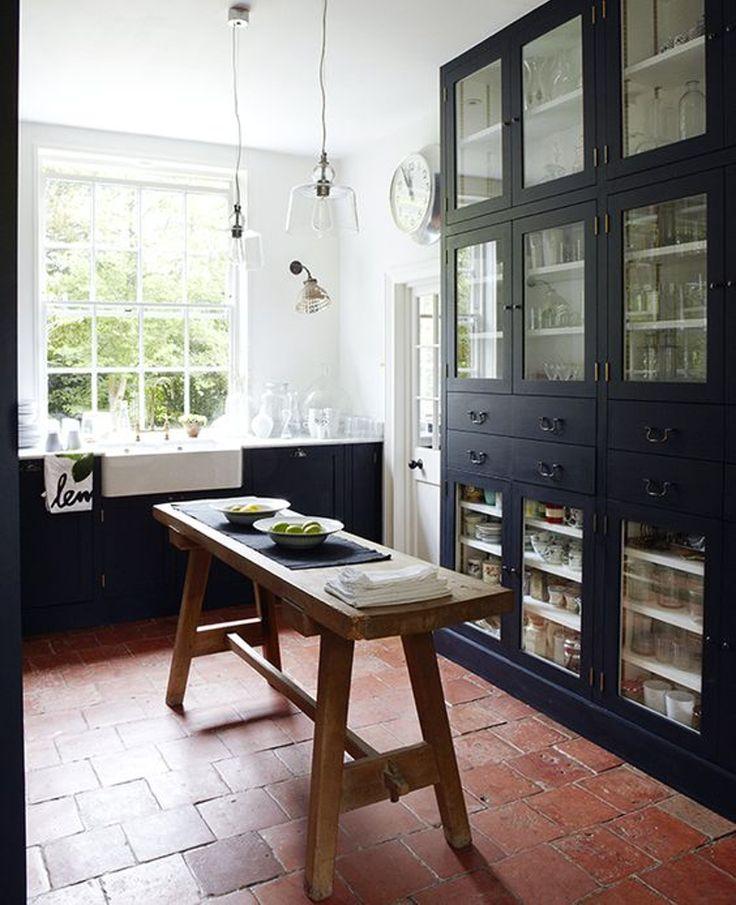 on apprivoise ou on relooke ce sol en terre cuite turbulences d co. Black Bedroom Furniture Sets. Home Design Ideas