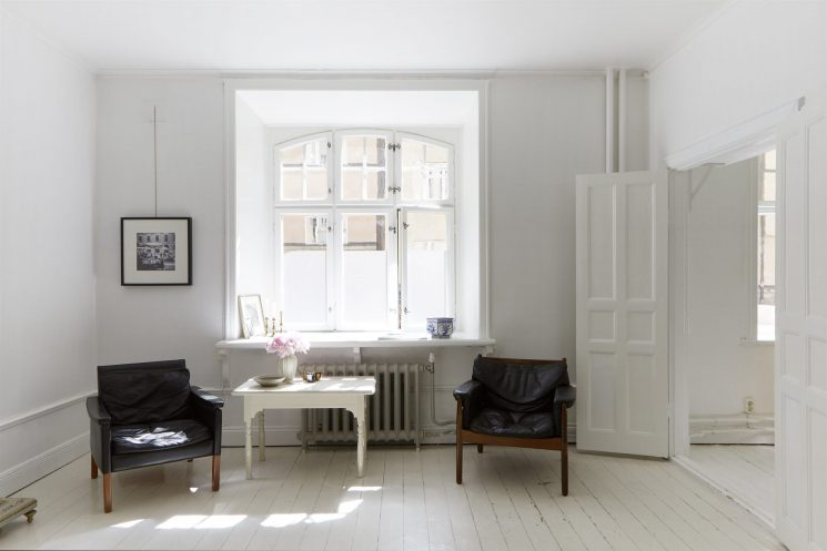 Un appartement blanc immaculé à Stockholm via Fantastic Frank