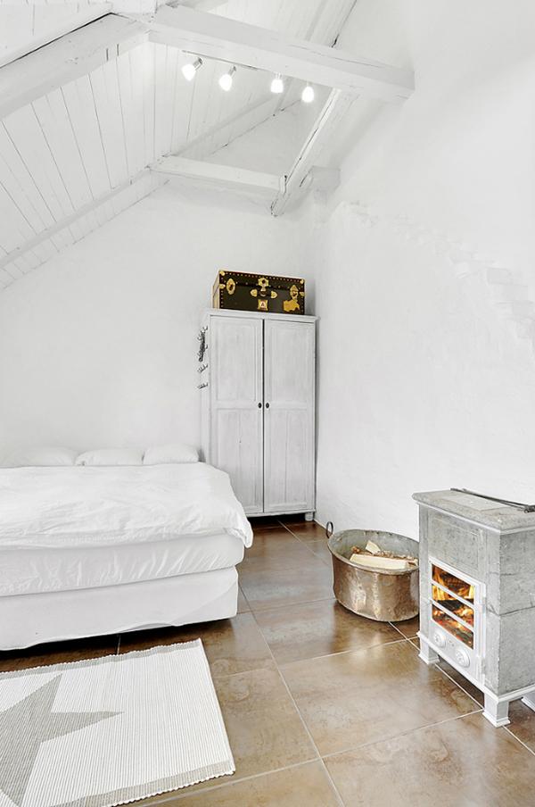 On apprivoise ou on relooke ce sol en terre cuite || Duplex à Stockholm avec des sols en terre cuite
