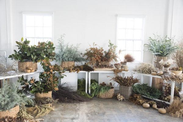 Décorez avec des bouquets de fleurs séchés | Atelier de Couronnes par Design Lovefest