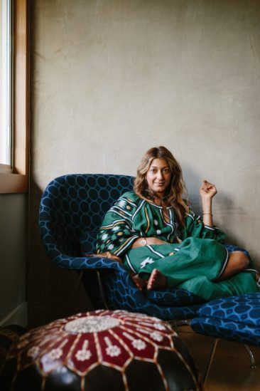 Portrait de Ramya Giangola via mothermag.com