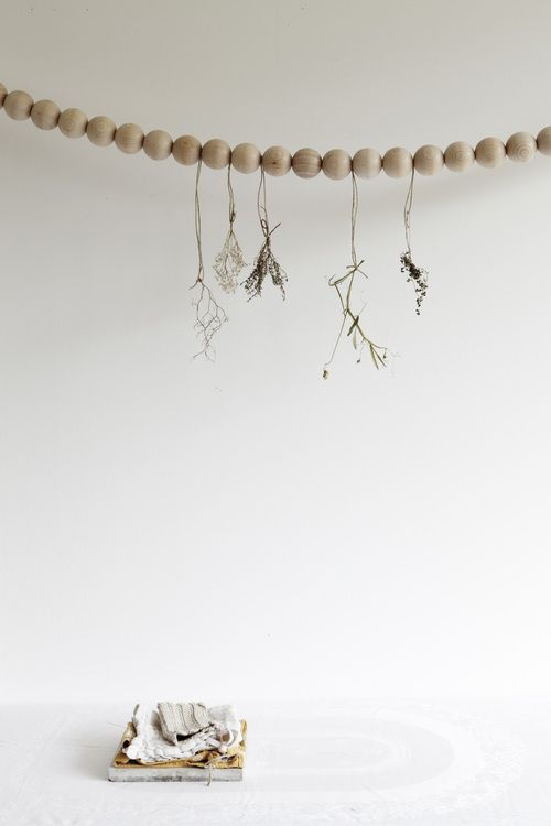 Décorez avec des bouquets de fleurs séchés | Styling signé par le studio Oink