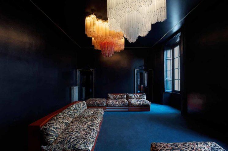 Association de bleu marine et noir || Dimore studio Milan 2016