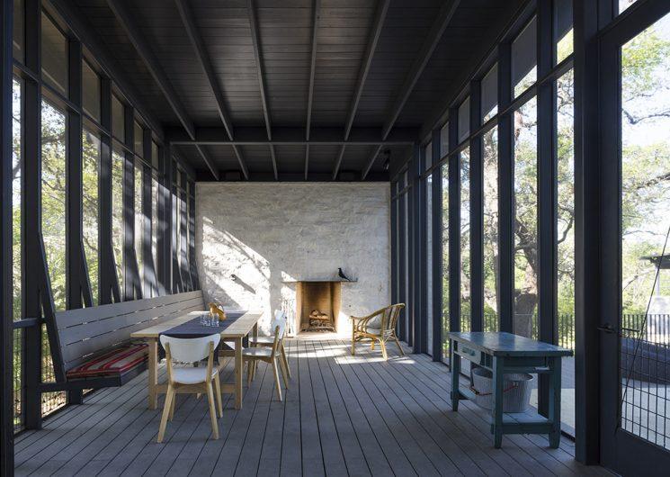 La technique du bois brûlé ou Shou Sugi Ban    Uppett architects - Hillside project