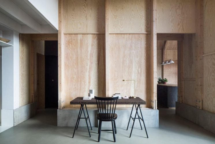 """Revêtir ses murs de contreplaqué   """"House for mother"""" par l'architecte Förstberg Ling"""