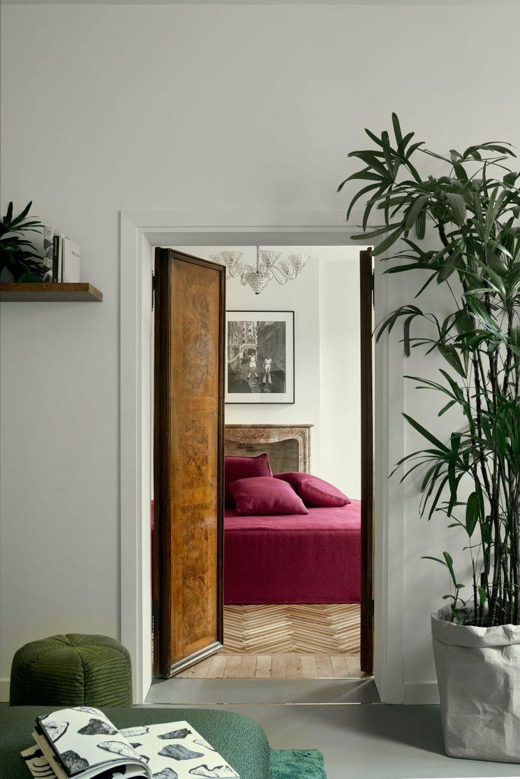 Décor sophistiqué mélangeant design, lignes pures et références au passé - Casa Flora à Venise