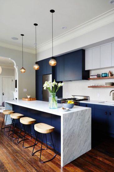 Design Studio Muir   Cuisine Bleu Marine, Marbre Et Parquet Bois ...