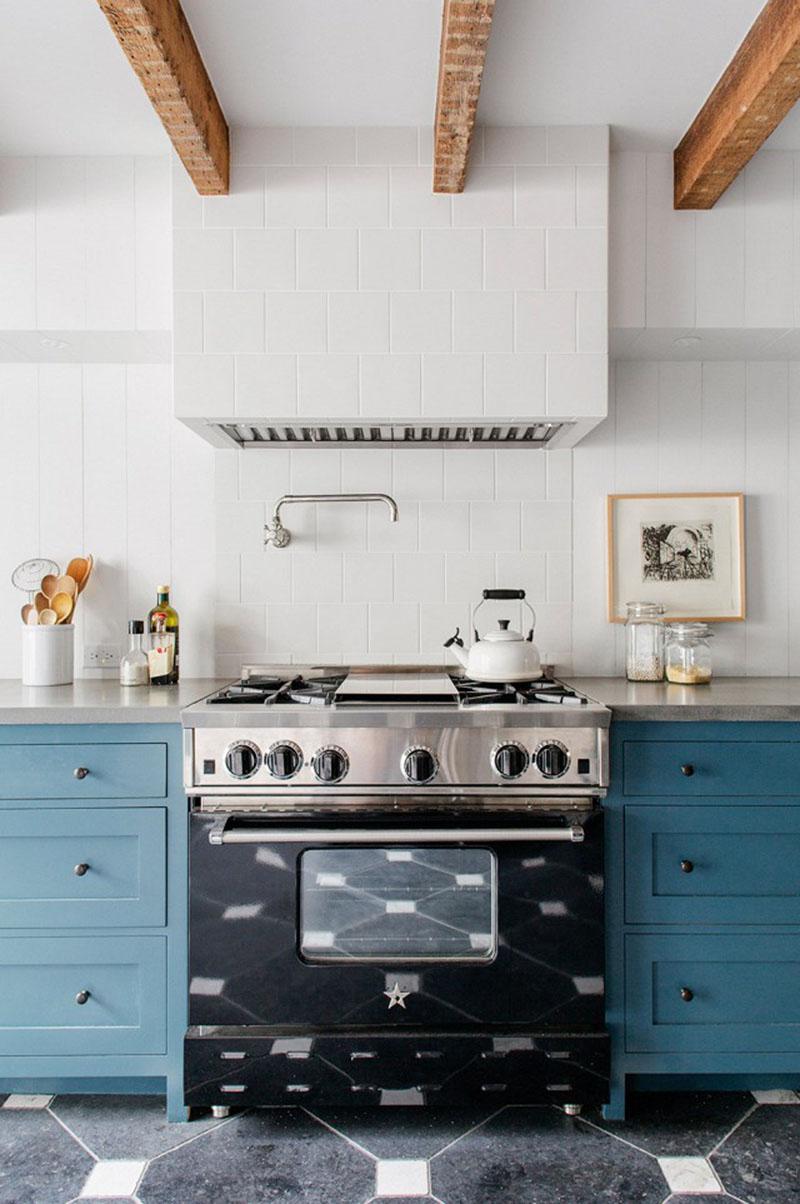 Une cuisine bleu cyan