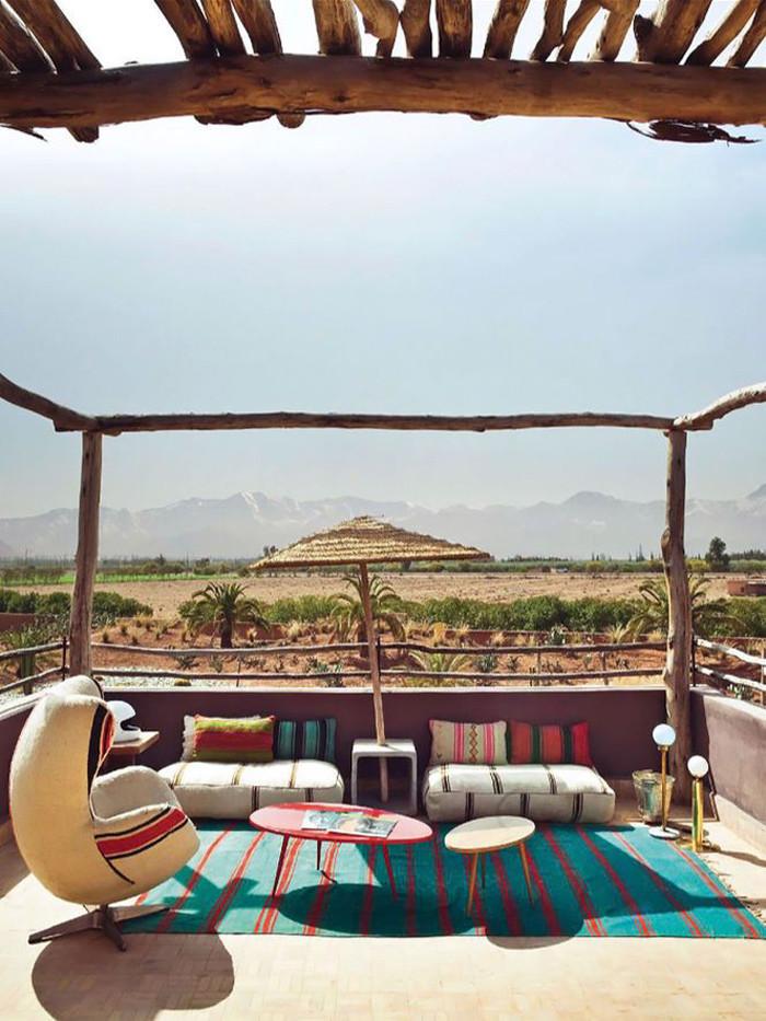 AMÉNAGER UNE TERRASSE D'EXTÉRIEUR BOHÈME - Terrasse de l'hôtel Fellah au Maroc