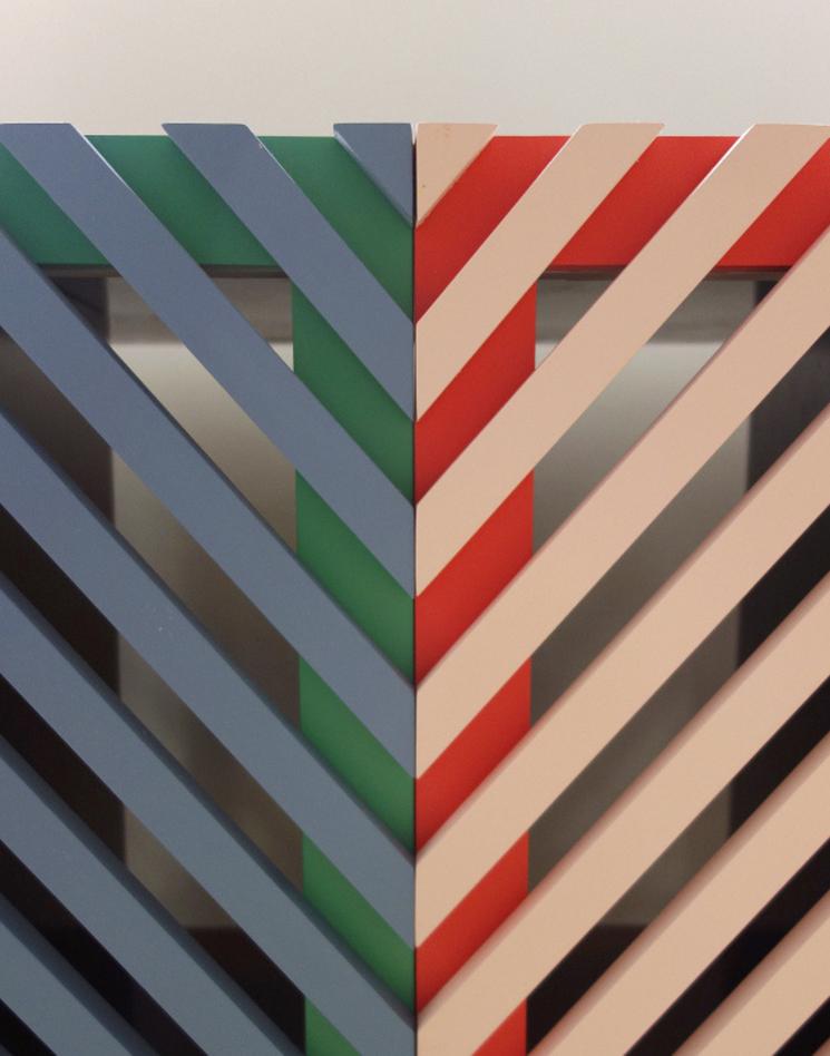 Les agencements colorés et scénographiés de l'architecte designer Dries Otten || Projet A la façon française