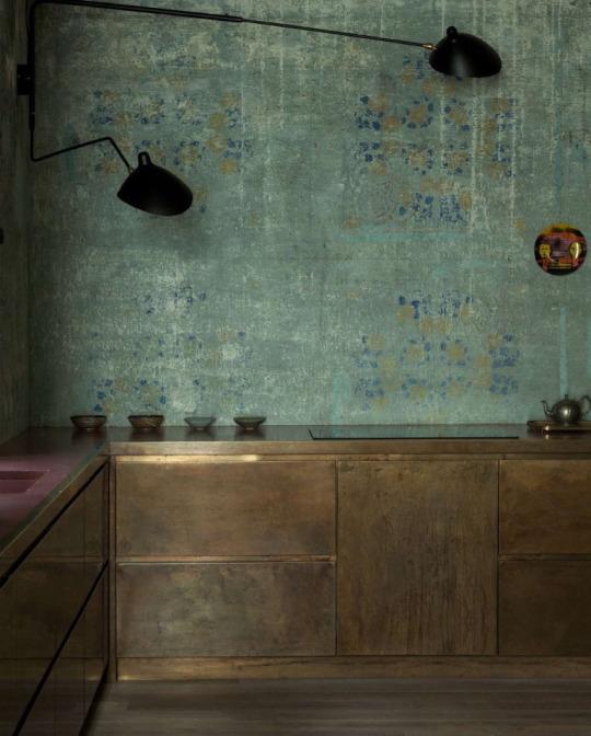 Du laiton dans la cuisine : bling ou mat ? | Alessandro Giudici architetto