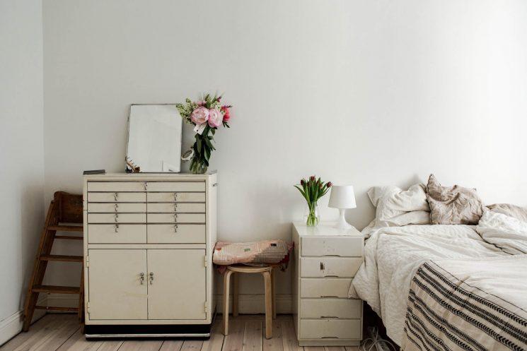 Un appartement bohème scandinave en Suède