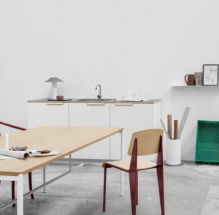 Reform ou comment relooker une cuisine Ikea - Cuisine Sigurd-Larsen en aluminium plié et découpé blanc