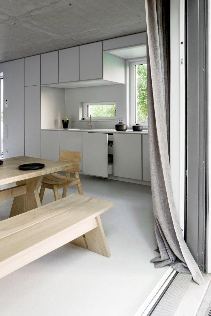 design et b ton versus minimaliste. Black Bedroom Furniture Sets. Home Design Ideas