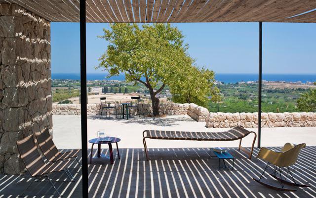 Maison de terre || Casa Noto en Sicile par l'architecte Gordon Guillaumier