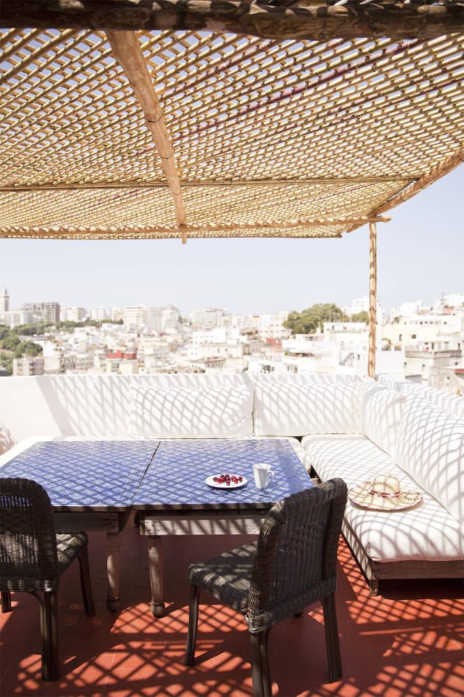 A l'ombre des canisses || Une terrasse à Tanger
