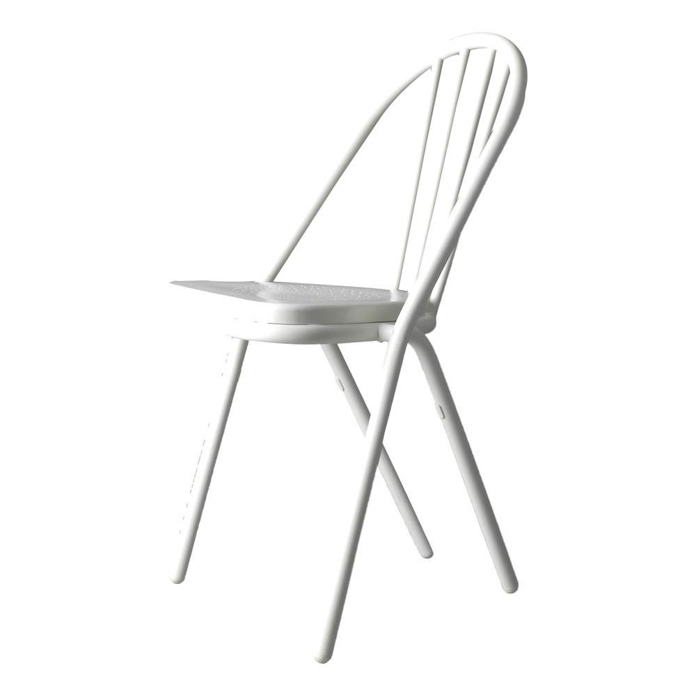 http://www.turbulences-deco.fr/wp-content/uploads/2017/07/smallable_chaise-surpil-gras-cadre-blanc-assise-en-bois-blanc-dcw-editions.jpg