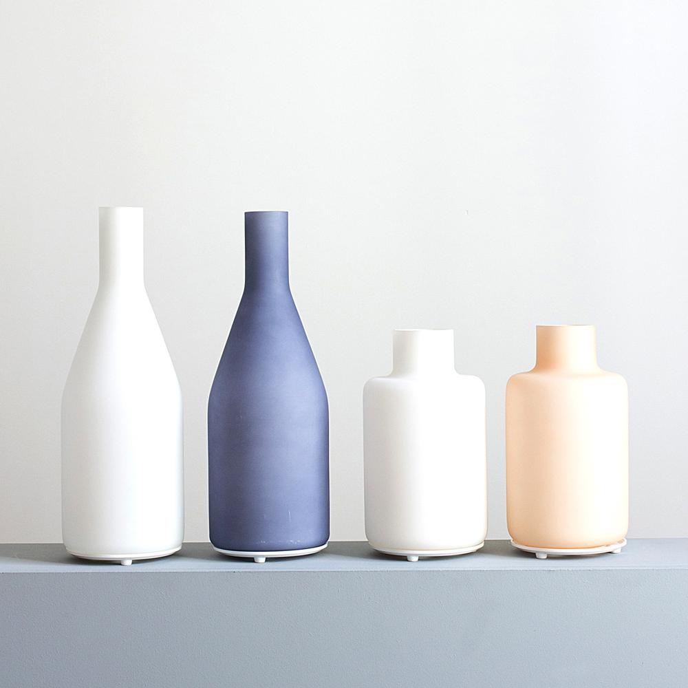 http://www.turbulences-deco.fr/wp-content/uploads/2017/07/smallable_lampe-bouteille-en-verre-bleu-smallable-home.jpg