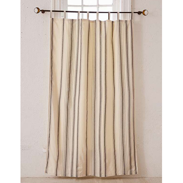 http://www.turbulences-deco.fr/wp-content/uploads/2017/07/urbanoutfitters_taja-yarn-dyed-stripe-curtain-panel.jpg