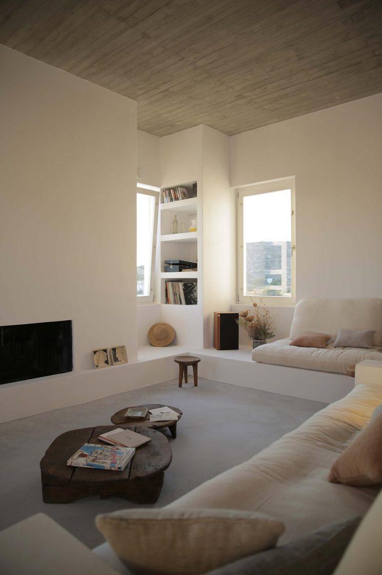 maison kamari sur l le de paros. Black Bedroom Furniture Sets. Home Design Ideas