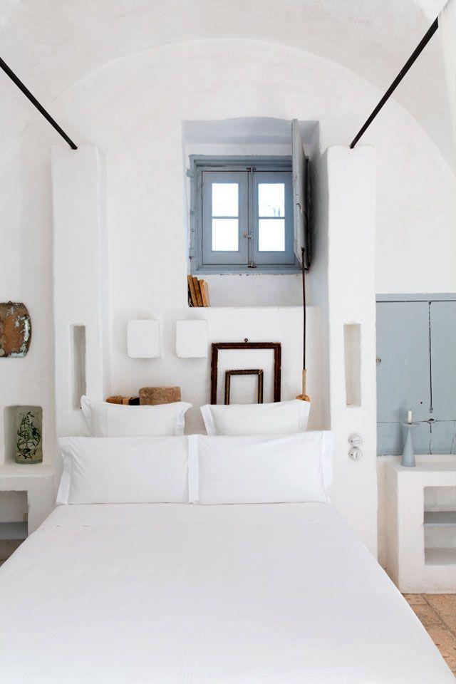 En blanc et bleu sous le soleil exactement || Masseria Cimino Puglia