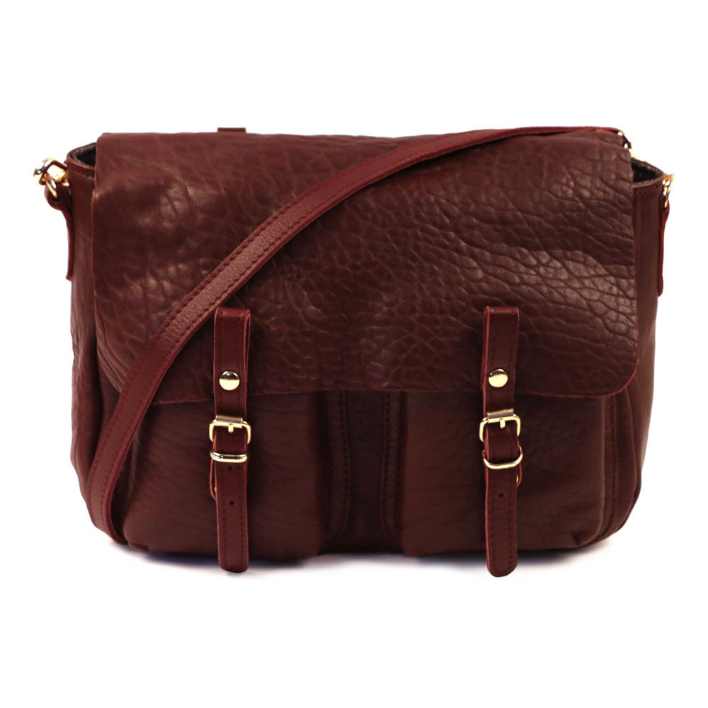 http://www.turbulences-deco.fr/wp-content/uploads/2017/08/smallable_sac-cartable-reversible-cuir-marron-craie.jpg