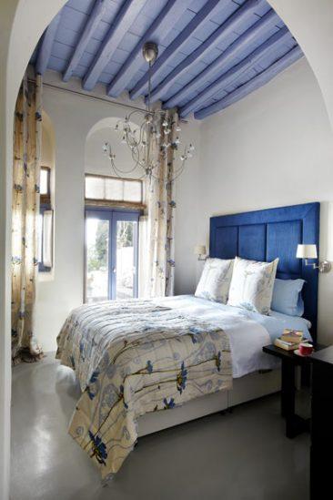 En blanc et bleu sous le soleil exactement || Ile de Tinos - Villa Dio Choria