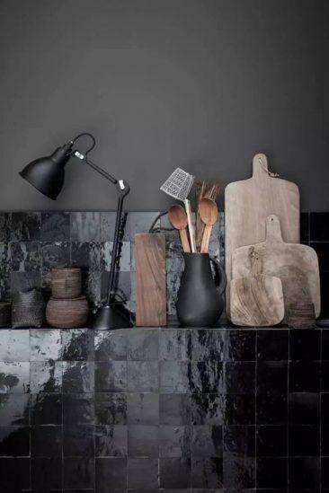 La magie des zelliges || Aménagement d'une cuisine par Maison Hand à Lyon