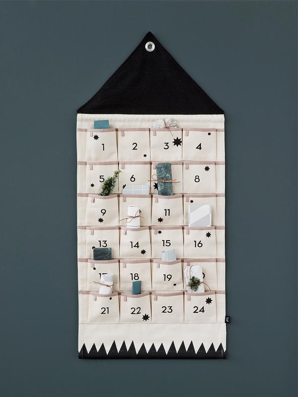 Étagère calendrier de l'avent en paulownia naturel, Bloomingville