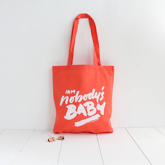 http://www.turbulences-deco.fr/wp-content/uploads/2017/12/AntoninPlusMargaux_Sac-tote-bag-I-am-nobody-s-baby.jpg