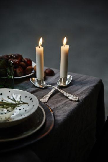 Une table de f te wabi sabi entre ombre et lumi re for Distance entre table et luminaire